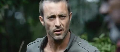 "Alex O'Loughlin delivers a powerful performance on ""Hawaii Five-O."" [Image via televisionpromdb/YouTube screencap]"