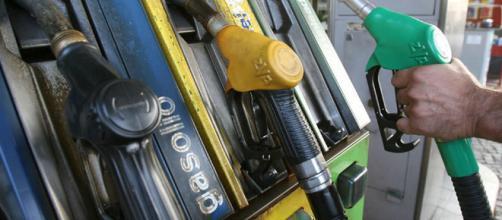 Benzina sintetica: la nuova rivoluzione sul carburante