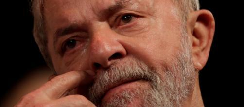 Como Golias, Lula foi engolido pela baleia