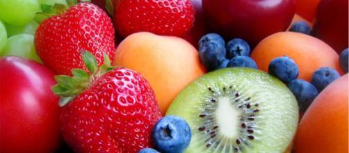 Frutas y verduras azules, oscuras y rojas, antioxidantes y antiinflamatorios con acción antiobesidad.