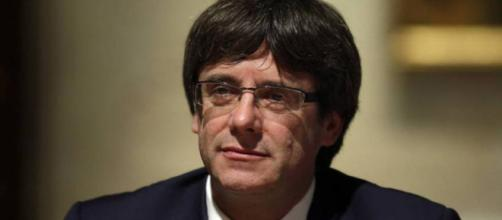 Primer plano de Carles Puigdemont. Public Domain.