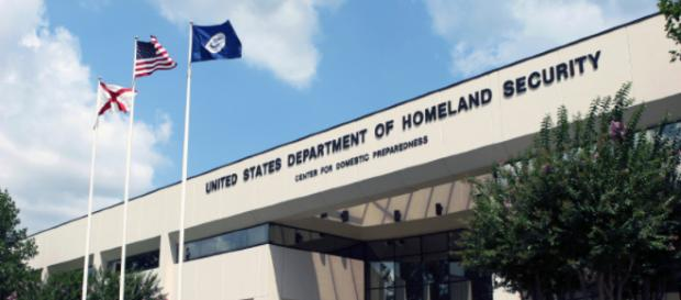 Homeland Security to compile database of journalists. [image source: Kathy Wood/Wikimedia Common]