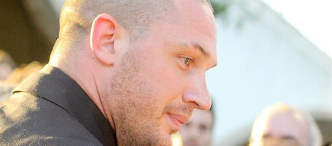 Tom Hardy shaves his head for Al Capone role