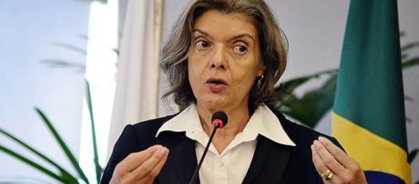 Presidente do STF, ministra Cármen Lúcia, atravessa momento de grande desafio a frente do STF