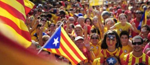 Mayoría de catalanes por buscar acuerdo con gobierno español - elpaisonline.com