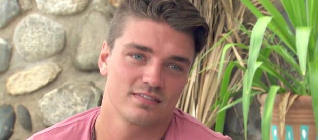 Dean Unglert of 'Bachelor' screenshot