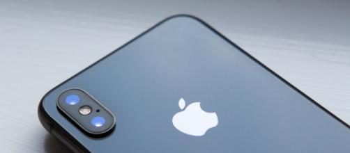 Apple iPhone X, la reazione degli ex possessori di smartphone Samsung
