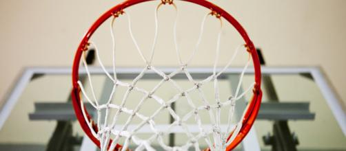 Basketball hoop -- Rob Buenaventura/Flickr.