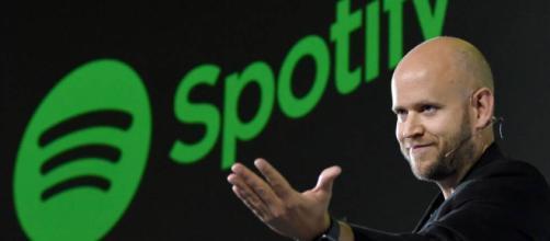 El CEO Daniel Ek de Spotify ha realizado un trabajo espectacular.