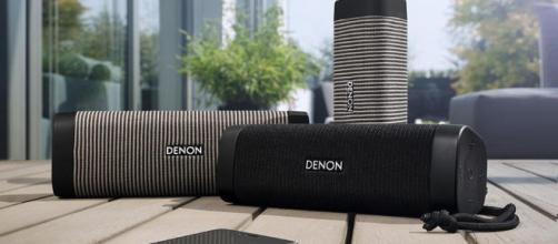 El Denon Envaya Mini DSB-150BT es un pequeño y elegante altavoz .