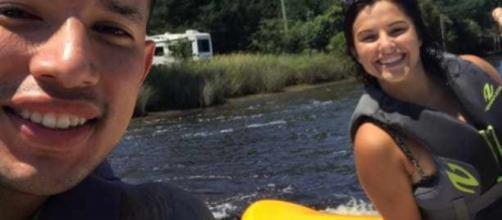 Javi Marroquin and Lauren Comeau go jet skiing. [Photo via Twitter]
