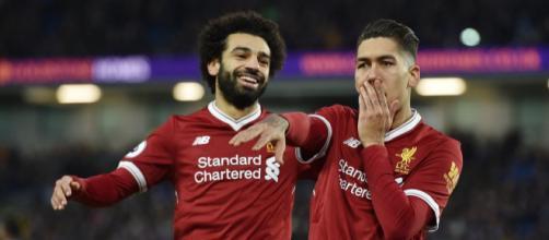 Salah e Firmino marcaram na vitória do Liverpool por 2 a 1
