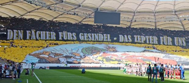09.04.2017: Der VfB steht nach dem 2:0-Sieg über den KSC vor dem Aufstieg in die Bundesliga.