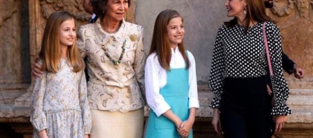 Duelo de reinas: por qué la Casa Real guarda silencio tras el ... - clarin.com