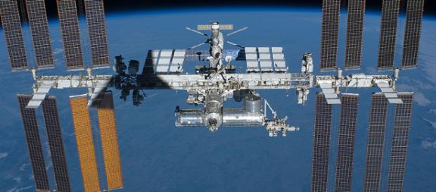 International Space Station [image courtesy NASA wikimedia commons]