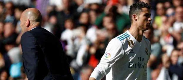 Zidane e Cristiano Ronaldo no centro do problema.