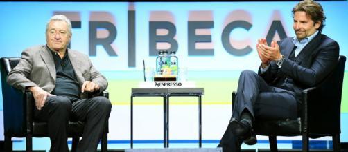 Cómo Robert De Niro ayudó a Bradley Cooper a enfrentar la muerte de su padre