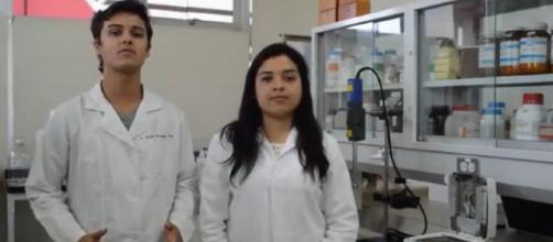Estudiantes de Ingenieria en Biotecnologia de la Universidad de Querétaro, México - Noticias ZMG