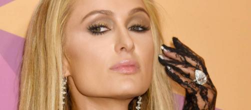 Noticias de Famosos: Paris Hilton pierde su anillo de 1.6 millones ... - elconfidencial.com