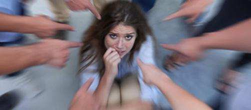 Pessoas que sofrem de distúrbios de ansiedade precisam de uma ajuda médica.