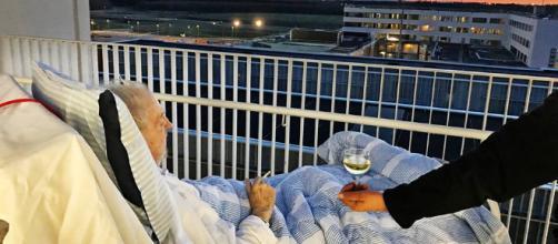 Anciano hace una petición antes de morir y el hospital accede. Te - elsalvador.com