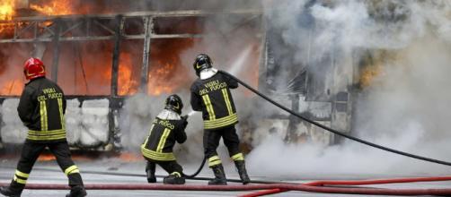 Autobus in fiamme, la procura indaga per danno colposo - ilmessaggero.it