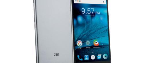 Consigue el teléfono Octa core ZTE Blade V770 en Alcampo por 99