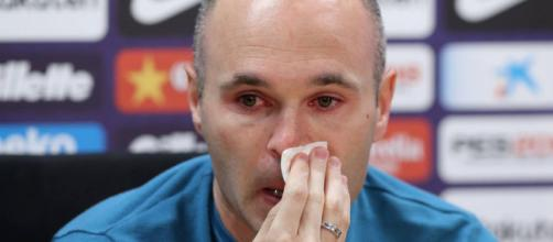 FC Barcelona: Iniesta anuncia que se irá del Barcelona a final de ... -