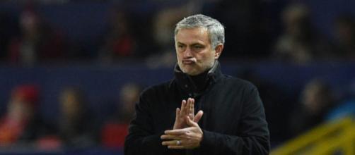 Mercato : Mourinho répond au PSG sur l'avenir de ce cadre !