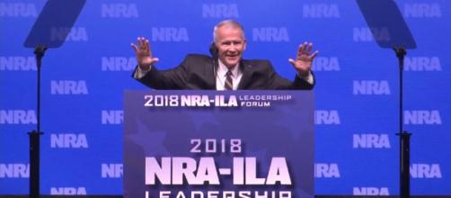 Nueva NRA Presidente es Oliver North, figura clave en Irán-Contra ... - democracynow.org