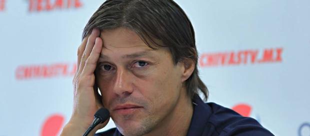 Matías Almeyda quiere dejar Chivas para partir a Europa -