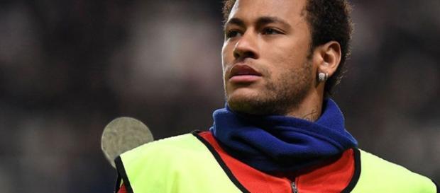 Neymar pone cinco condiciones a Florentino Pérez para ir al Real