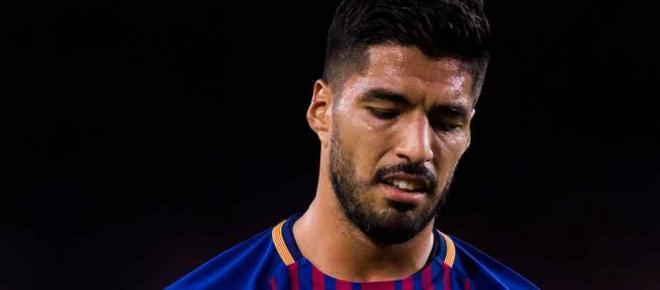Luis Suárez mete-se em grande confusão no Barcelona, e envolve Messi