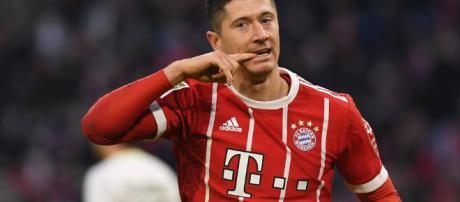 Lewandowski se ofrece al Real Madrid -