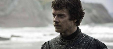 Los problemas de Theon comenzaron en el momento en que decidió traicionar a Robb Stark