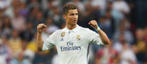 Mercato - Real Madrid : Cristiano Ronaldo se fait entendre sur le dossier Neymar