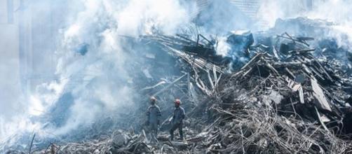 Restos mortais encontrados nos escombros de prédio são de um homem. (foto reprodução).