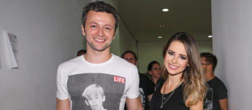 Sandy e Lucas Lima, músico postou foto sensual da esposa. Veja.
