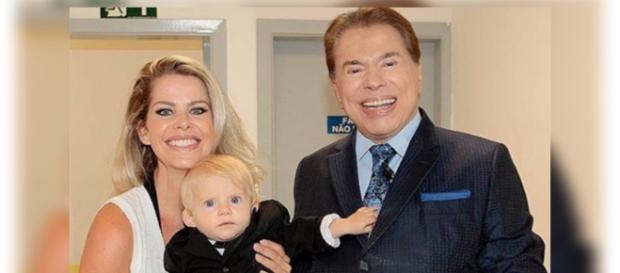 Karina Bacchi leva o filho para programa no SBT