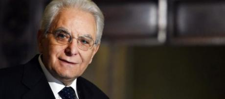 Mattarella, il presidente della Repubblica impegnato nelle consultazioni
