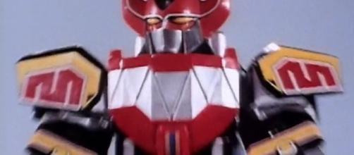Dino Megazord foi o primeiro robô dos Rangers