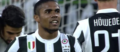 Douglas Costa, giocatore della Juventus