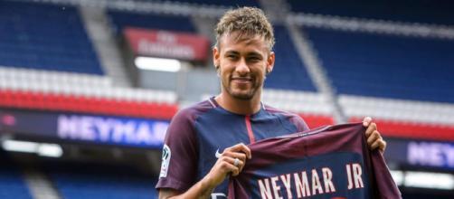 La presentación de Neymar como nuevo jugador del PSG, en imágenes ... - mundodeportivo.com
