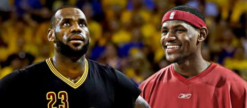 Many fans and analysts feel that LeBron James' 15-year NBA career has eclipsed that of NBA legend Michael Jordan. [Image via NBA/YouTube]