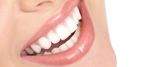 Trucos para limpiar los dientes - 4 pasos (con imágenes) - uncomo.com