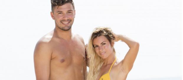 Kevin et Carla de nouveau en couple ? Les doutes sont permis