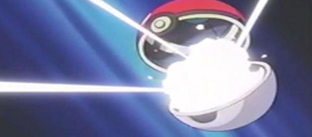 También la conocemos como la bola de Pokémon, la misma es un objeto diseñado para cumplir dos funciones importantes