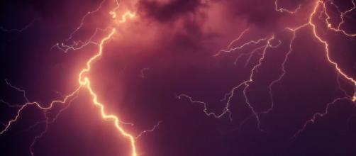 Dramatic lightning, long used as a symbol of The Flash. Image credit - jplenio | Pixabay.