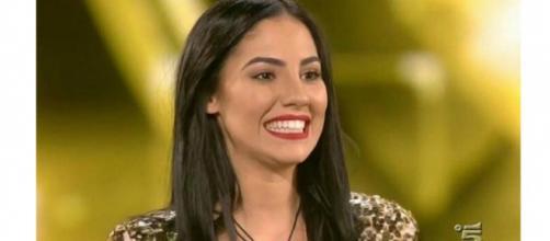 Gossip: Giulia De Lellis 'cancella' Andrea con un nuovo tatuaggio.