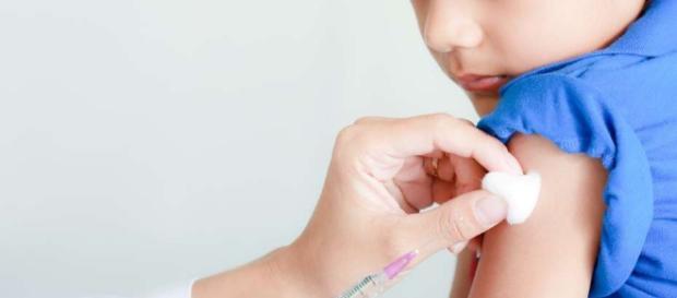 Los niños de 1 a 4 años recibirán una dosis extra de la vacuna triple - clarin.com
